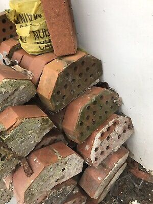Double Cant Coping Bricks Reclaimed