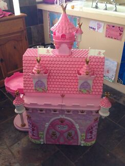 Baby born doll house  Duncraig Joondalup Area Preview
