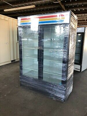 True Gdm-49 Glass 2 Door Beverage Merchandiser Reach In Refrigerator Cooler Nice