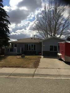 1400 sq ft Four Level Split in Moose Jaw Renovated