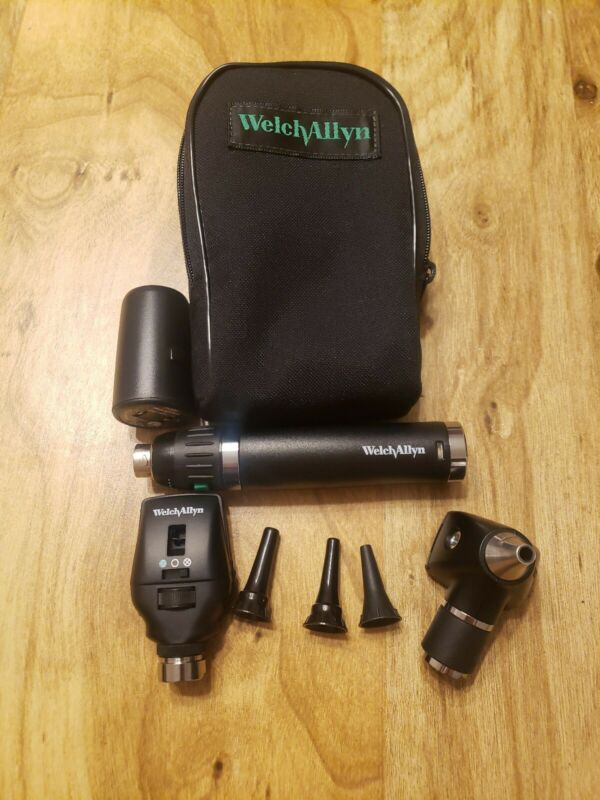 Welch Allyn; Lithium Ion (Smart) Set - Otoscope Ophthalmoscope - 71900, 11720