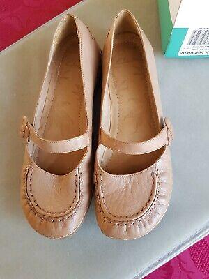 BNIB Clarks Husky Jade shoes in size 6.5/40