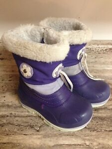 Size 8 Girl's Winter Boots