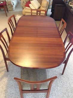 6 seater Jarrah Wood table and chairs  Box Hill Whitehorse Area Preview
