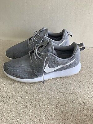 Nike  Grey Knit UK Size 10 Men's Trainers Excellent Condition