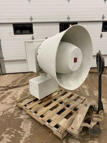 Federal Signal 2001-SRN Tornado/ Hurricane Siren