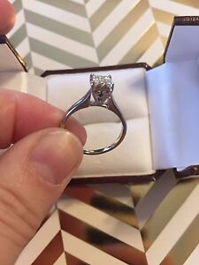 Gorgeous 18kt White Gold Vintage Wedding Set