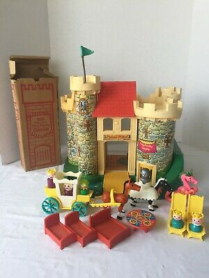 Vintage Fisher-Price Little People #993 Play Family Castle with boxes COMPLETE