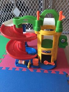 Little People car ramp and garage
