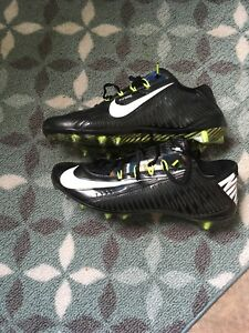 Nike Carbon 2.0 Football Cleats