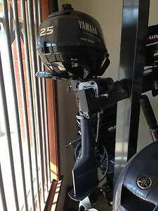 Yamaha 2.5 hp 4stroke outboard motor Golden Square Bendigo City Preview