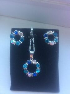 **brand new turquoise and blue jewelry set**