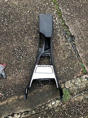BMW 1 SERIES E87 CENTRE CONSOLE WITH ARMREST ASHTRAY AUX N5