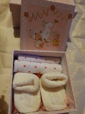 Baby Girl Gift Box, gebruikt tweedehands  verschepen naar Netherlands