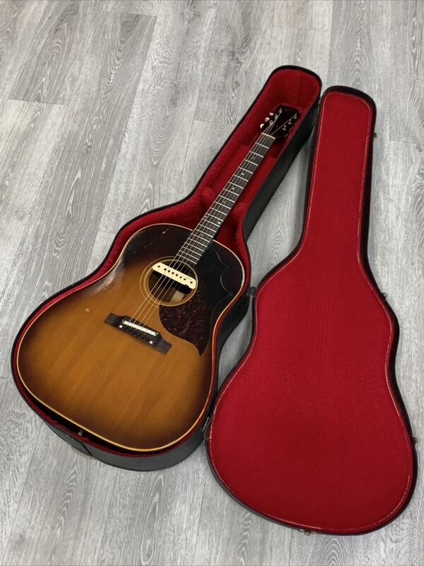 Vintage 1960's Gibson Acoustic Guitar Original J-45 Case
