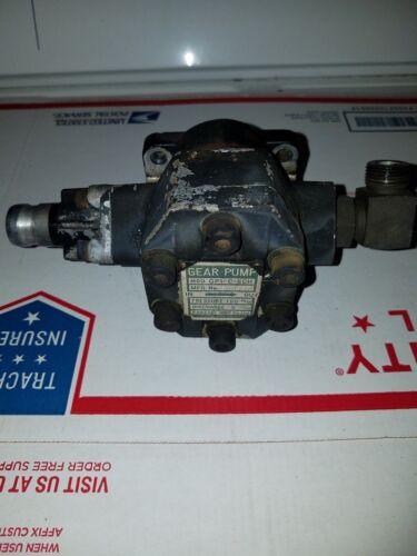 JOHN DEERE 655 TRACTOR AM875160 HYDRAULIC PUMP ASSEMBLY KANZAKI MODEL GP1-C-5CH