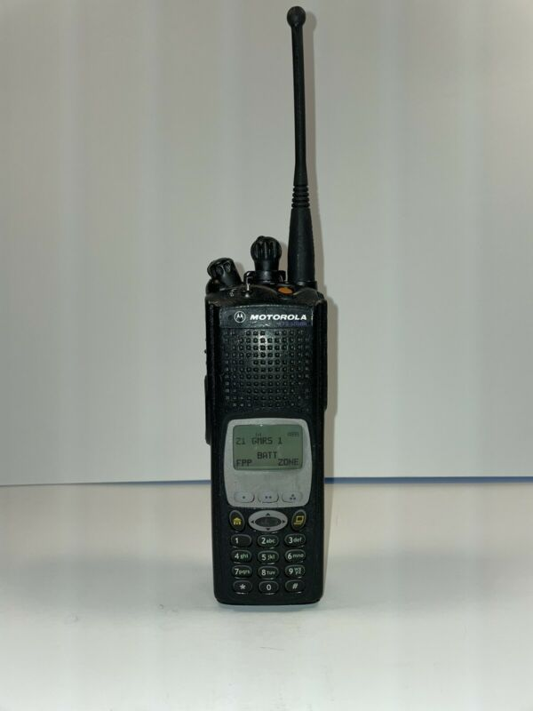 Motorola XTS5000 Model III M3 UHF R1 380-470 MHz H18QDH9PW7AN FPP w/ADP Crypto
