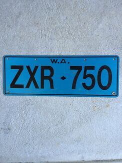 ZXR750 License Plate Wanted Shoalwater Rockingham Area Preview
