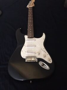 Fender squier strat with amp