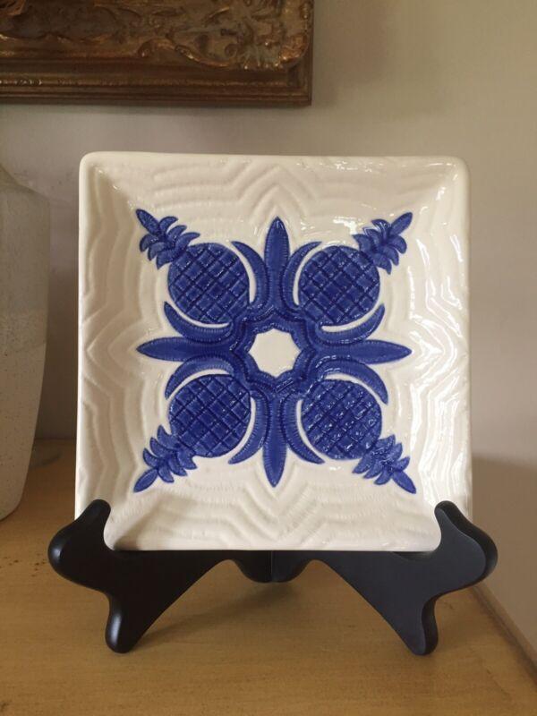 HAWAIIAN QUILT CLAY Michael Gillan Blue Pineapple Plate 2002