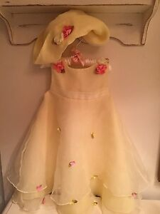 Stunning little girls summer dress size 2