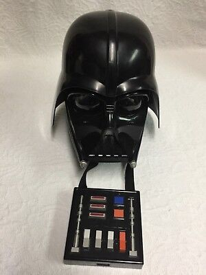 Star Wars Darth Vader Helmet & Mask with Voice Box (pre-owned) (Mask With Voice Changer)