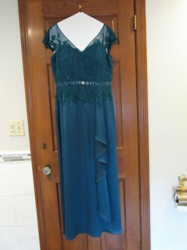 Mother of the Bride - Full-Length Teal Jade Couture Dress Size 10