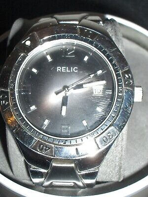8ef41e78d Relic Men's Watch W/Stainless Steel Band Water Resistant & Date