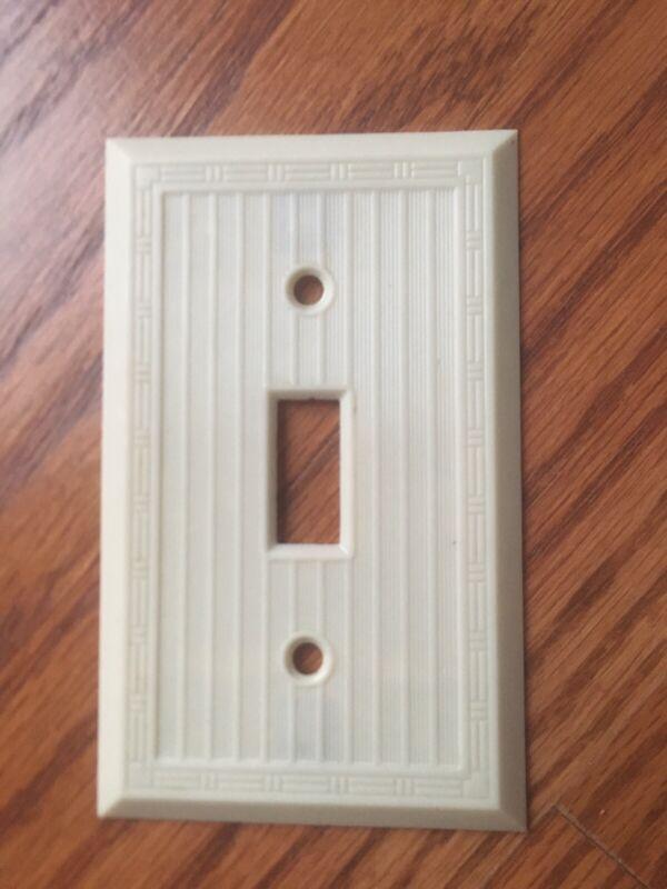 Vintage Light Switch Cover Dashed Lines w/ Border Ivory Bakelite Art Deco