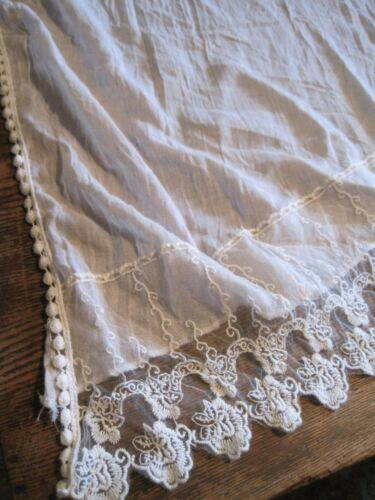 "OFF WHITE FABRIC/LACE Buffet/Table/Piano RUNNER OR SCARF 28"" WIDE/66"" LONG"