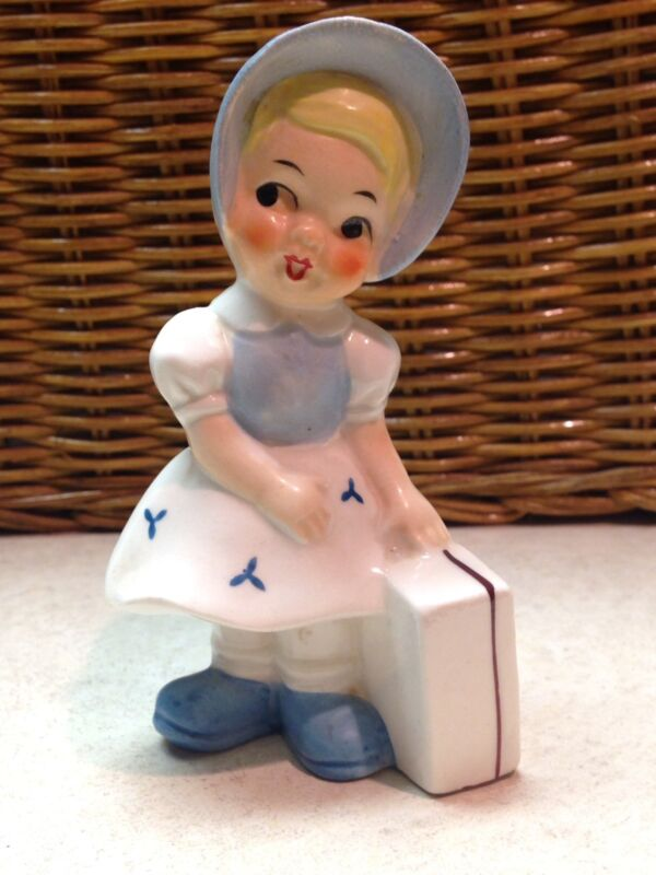 "VINTAGE 1950'S UCAGCO HAND PAINTED CERAMIC LITTLE GIRL TRAVELER FIGURINE 4"" Rare"