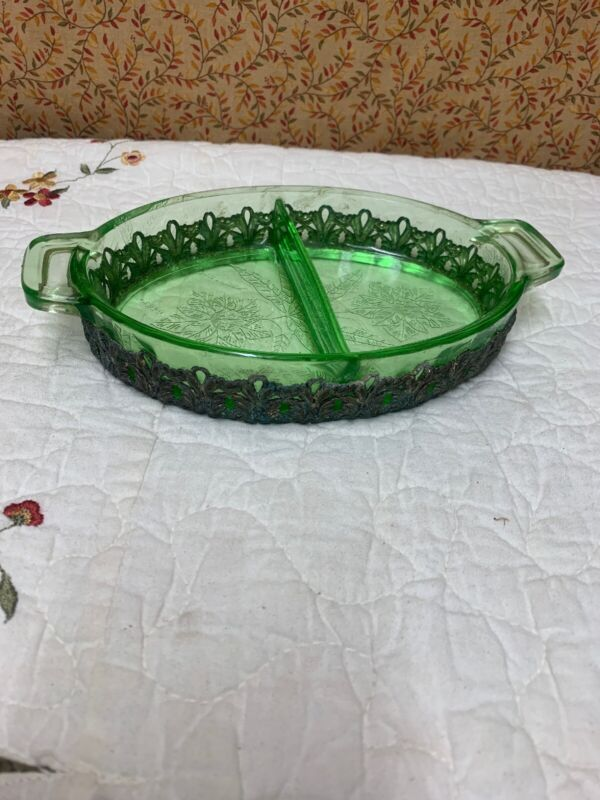 Jeannette FLORAL POINSETTIA Green Handled  Dish Uranium Glass Rare Metal Trim!