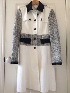 Karen Millen White/Black Coat Size 8