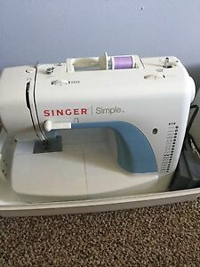 """Singer """"simple"""" sewing machine with case"""