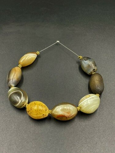 Antique Ancient Old Himalayan Indo Tibetan Sulumani Agate Beads Top Rare Beads