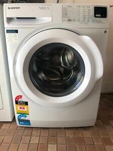 Washing machine SIMPSON front loader 7kg. Still under warranty!