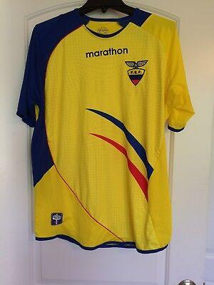 Ecuador Men's Size M FEF Home Marathon Soccer Futbol Jersey Shirt 2014 Yellow image