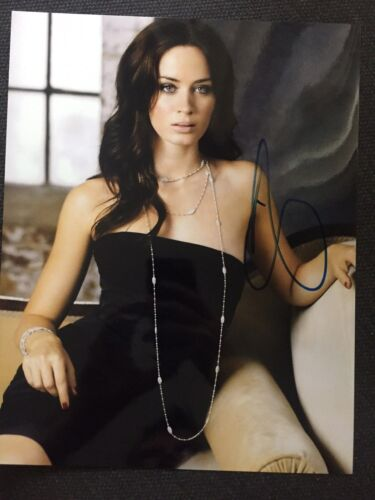 Sexy Emily Blunt Autographed Signed 11x14 Photo JSA COA #4