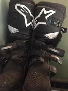 alpine race boots and chest protector