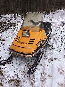 Skidoo olympique 1977 WILL TRADE