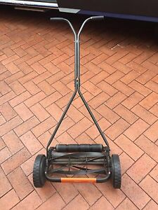 Manual lawn mower Mooroobool Cairns City Preview