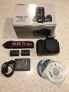 Canon 7D Mark II DSLR Camera + Extra Battery – Low Shutter Count Carlton Melbourne City Preview