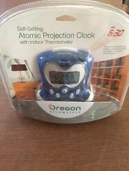 Oregon Scientific Atomic Projection Clock Brand New   B9361