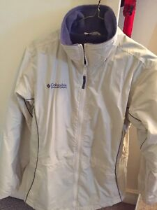 Women's Columbia jacket in mint condition