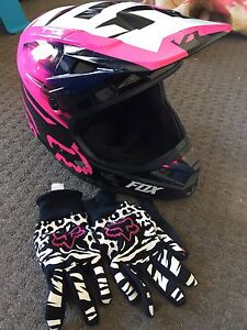 Ladies Fox motorbike helmet and gloves Pakenham Cardinia Area Preview