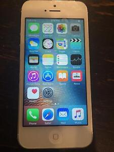 iPhone 5 16g White Modbury North Tea Tree Gully Area Preview