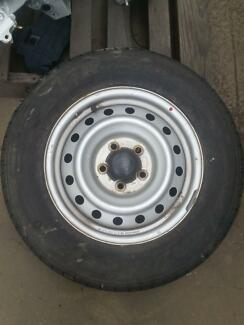 Toyota Hilux 15 inch steel rim and tyre