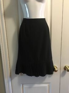 Nygard collection petite pinstriped skirt size 6