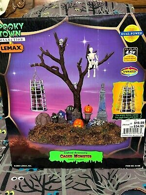 NEW 2004 Lemax Halloween Spooky Town Caged Monster Lighted & Animated - Halloween Town Monster