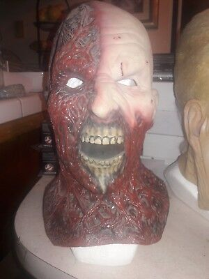 Darkman Mask (Alterian ghost Factory Darkman mask Liam Neeson zombie not don)